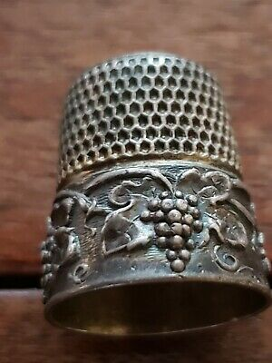 Antique SIMONS BROS Sterling Silver Thimble Grapes & Leaf in Relief-Monogram 1?