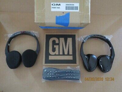 GM 2 Channel IR Fold Flat Headphones Headset with DVD Remote TV Rear NEW OEM