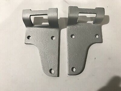 Land Rover Series 3 Bonnet Hinges 346853 346854