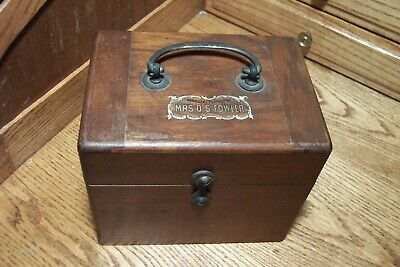 Mrs O.S. Fowler Faradic Battery Quack Medicine Electrical Device!  What you see