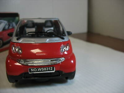 EXQUISITE CAR-auto SMART,battery operated, made in CHINA ,very nice !!!