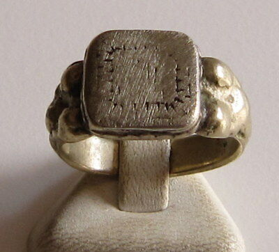 AMAZING SILVER MEN'S RING FROM 18/19 th c.WITH ENGRAVING ON THE TOP  # 78C