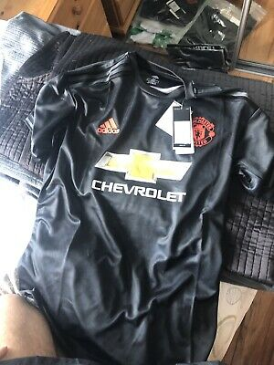 Manchester united shirt 2019/2020 brand new with tags size medium
