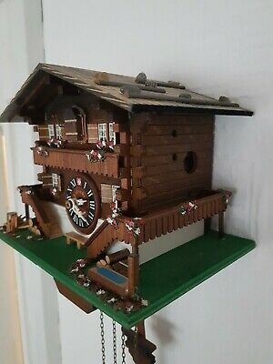 STUNNING SMALL  BLACK FOREST CUCKOO CLOCK /Fully  serviced  !! /Very  clean
