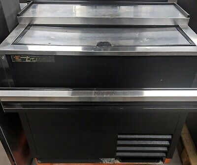 Used True TD-36-12 36in Bottle Cooler w/ Attached Speed Rail