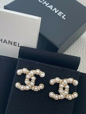 2019 Iconic Chanel Pearl Crystal Cc Logo Earrings