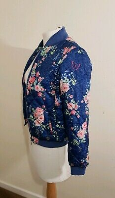 Nice Girls Floral Jacket From Lee Cooper. Size 9/10 Years. Very good Condition.