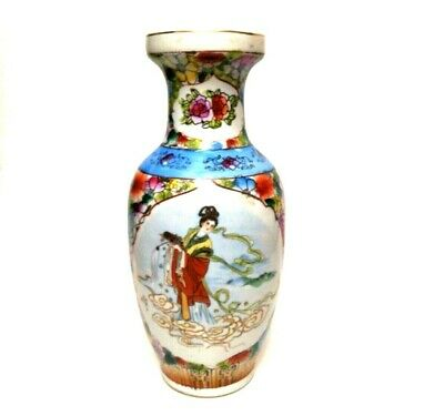 Beautiful Antique Chinese Porcelain Vase Hand Painted Decoration With mix color