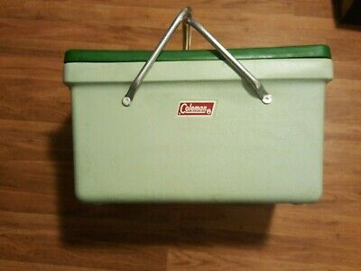 1971 Coleman Picnic Style Cooler/Ice Chest Metal Folding Handles Green