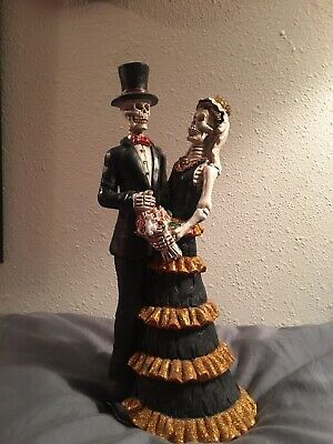 Skeleton Couple Ready To Dance The Day -Day of the Dead Halloween Figurine