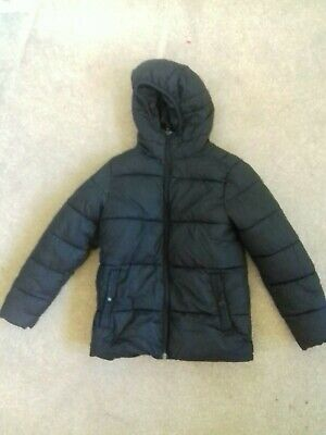 NEXT Boys Age 8 Puffa Jacket With Hood in black  super warm