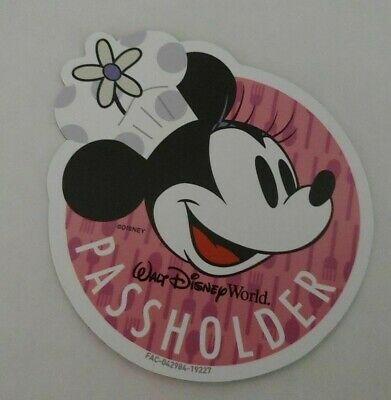 Disney Epcot Annual Passholder 2019 Chef Minnie Mouse Magnet Food And Wine