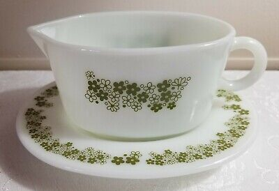 Vintage Corelle Pyrex Spring Blossom/Crazy Daisy 2pc Gravy Boat w/Serving Plate