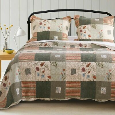 Country Farmhouse Starburst Hunters Star Red White King Quilt Set