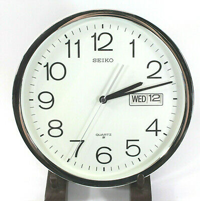 SEIKO Wall Clock Analog w/ Days & Date White Face Large Numbers Chrome Works
