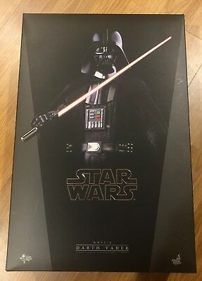 NIB Hot Toys MMS279 Star Wars Episode IV 1:6 Scale Darth Vader Action Figure