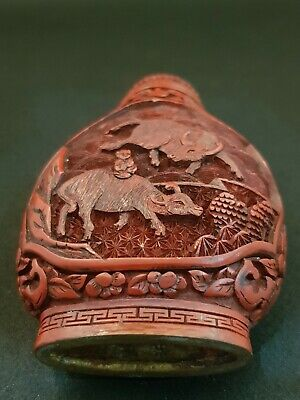Antique Chinese Hand Carved Cinnabar Red Lacquer Snuff Bottle