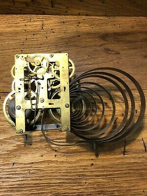 Old Unmarked Clock Movement For Parts/Repair (Blown Strike Mainspring) (Lot L17)