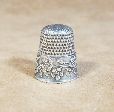 Sterling Silver Flower Thimble - Antique Old