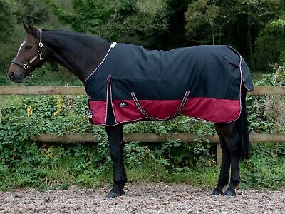 1200D 200g Fill Medium Weight Turnout Rug 4ft 9in - 7ft