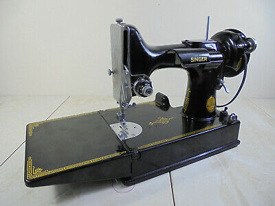 US Singer 221 Featherweight Sewing Machine for SPARES OR REPAIR