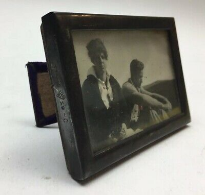 """Antique Small Sterling Silver Frame 3 1/2"""" X 2 1/2"""" w Snapshot Of Couple c1930s"""