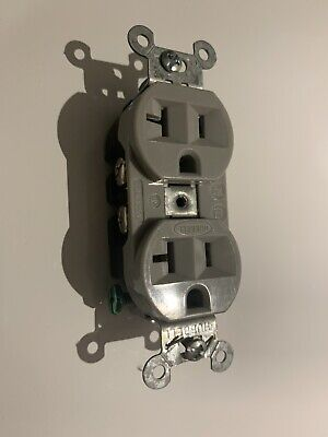 HUBBELL 5362GY Duplex Receptacles 20A 125V 2 Pole 3 Wire  Color Gray