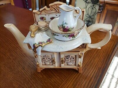 Royal Albert Cardew Design Old Country Roses  Collection Sink Tea Pot 1996