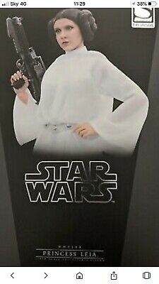 Hot Toys Princess Leia Exclusive Star wars MMS 298