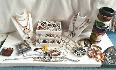 Lovely job lot of jewellery vintage and modern, Job lot of mixed Jewellery