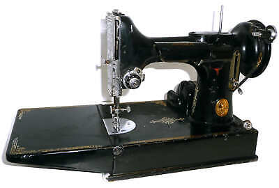 Antique vintage singer 221 featherweight portable sewing machine euro
