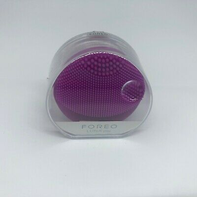 Foreo - LUNA Play face cleansing brush in Purple  (NEW & UNOPENED)