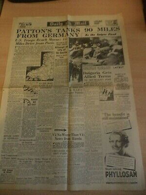 OLD VINTAGE NEWSPAPER 1940S 28 aug 1944 daily mail WW2 mantes melun vitry lagny