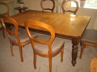 Victorian extending  English Elm Dining  table with 6 repro balloon back chairs