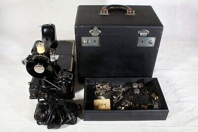 Singer Featherweight 221 from 1950, case, accessories, oiled, adjusted, tested.