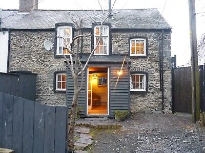 October Breaks 25-31 October  2019 Unique North Wales Character Holiday Cottage