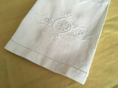 Antique 1920s 100% Linen Embroidered Bath Towel - Made in France (C)