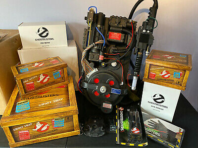 GhostBusters Full SIze Humming Proton Pack with Matty Wand & Trap, PKE, Goggles