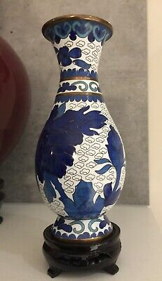 Vintage White/Blue Chinese Brass Enamelled Cloisonne Vase Collectible Ornament