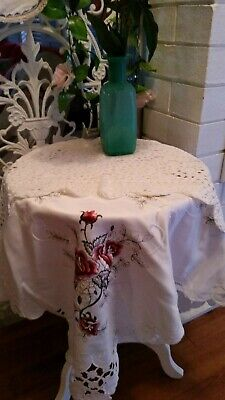 5 Pieces 1 Square Cloth 4 Table Runners  (007028) Ref 3A