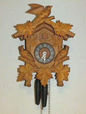 Nice Cuckoo Clock Black Forest Clock 1930 - 1960 With Two Weights In Function