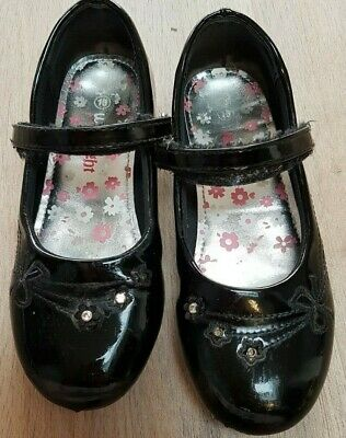 Girls School Shoes Black Patent Size UK Infant 13 Rainbow Walkrite School