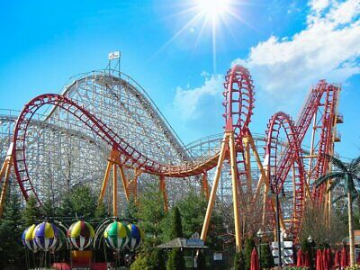 Four (4) 2019 Six Flags Great America Single Day E-ticket Email Delivery