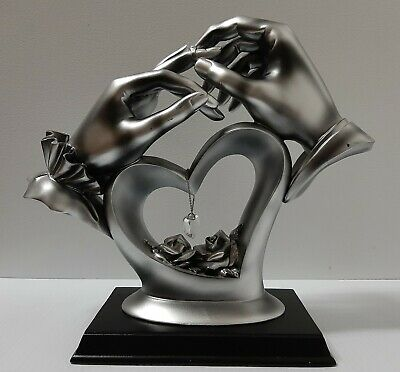 Bride and Groom Hand to Hand Heart Wedding Table Centrepiece Decor