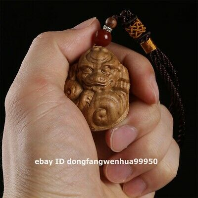 3.8 cm Australia sandal wood Foo dog lion Pixiu Beast Animal amulet Pendants