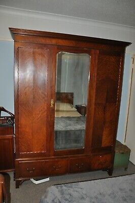 Art Deco Antique bedroom furniture set  (Southampton area)