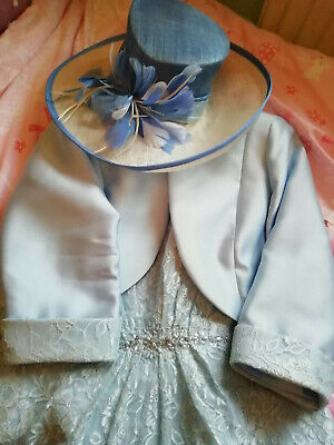 Mother of the bride/groom outfit, powder blue, size 16. Beading embellishment