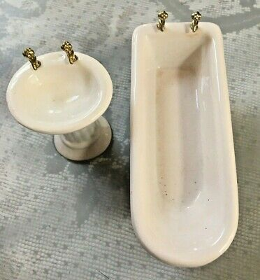 Dollhouse Furniture Bathroom Sink & Bath Tub White Porcelain Miniatures EUC
