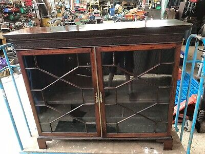 Antique Mahogany Glass Fronted bookcase / display cabinet.