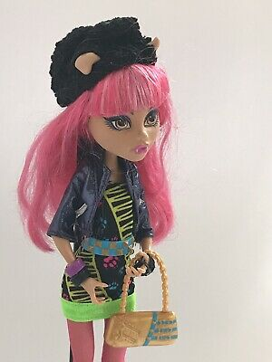Monster High Howleen Wolf - 13 Wishes collection, with diary & pet RARE